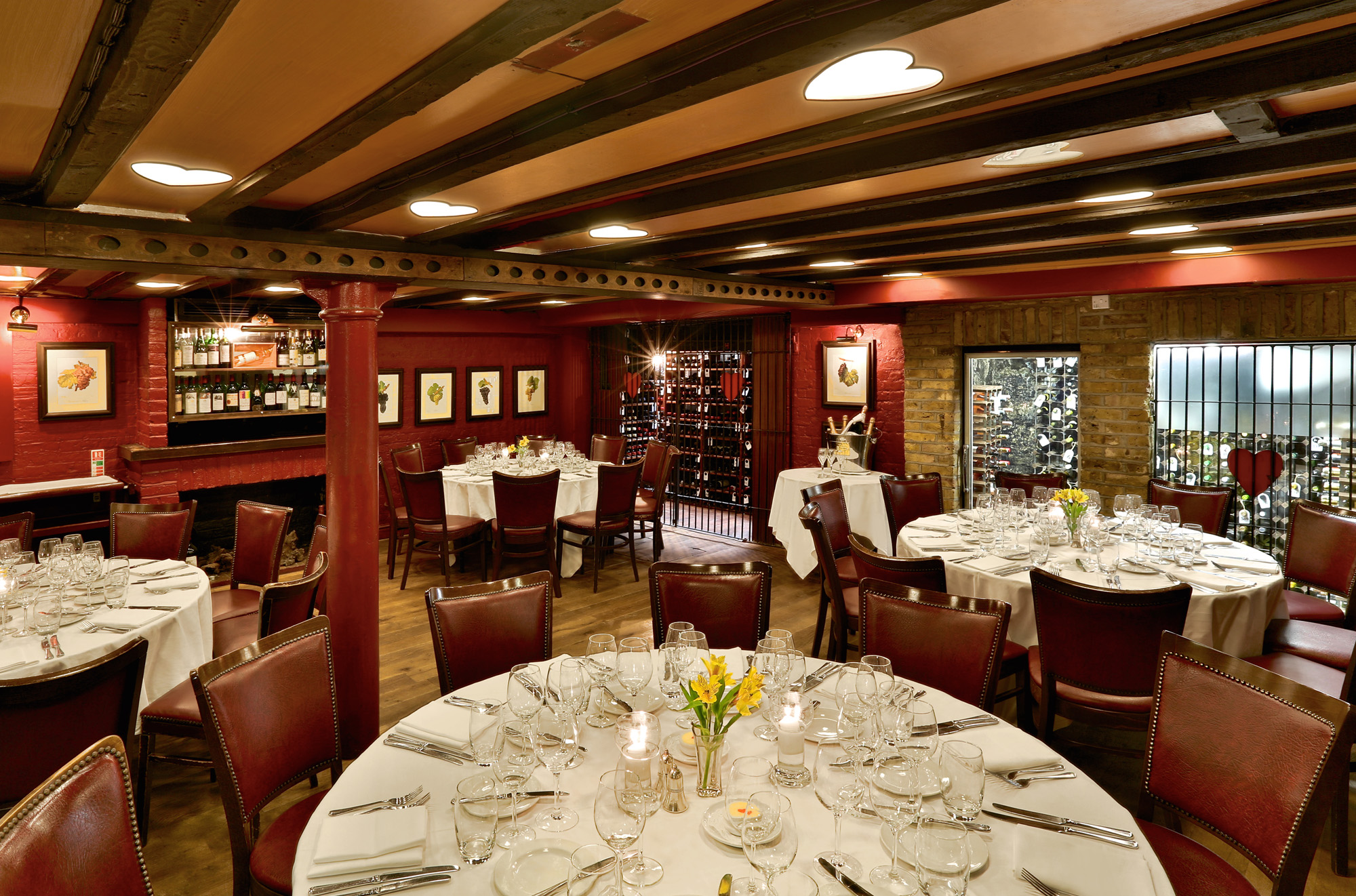 French restaurant london bleeding heart bleeding heart for Best private dining rooms city of london
