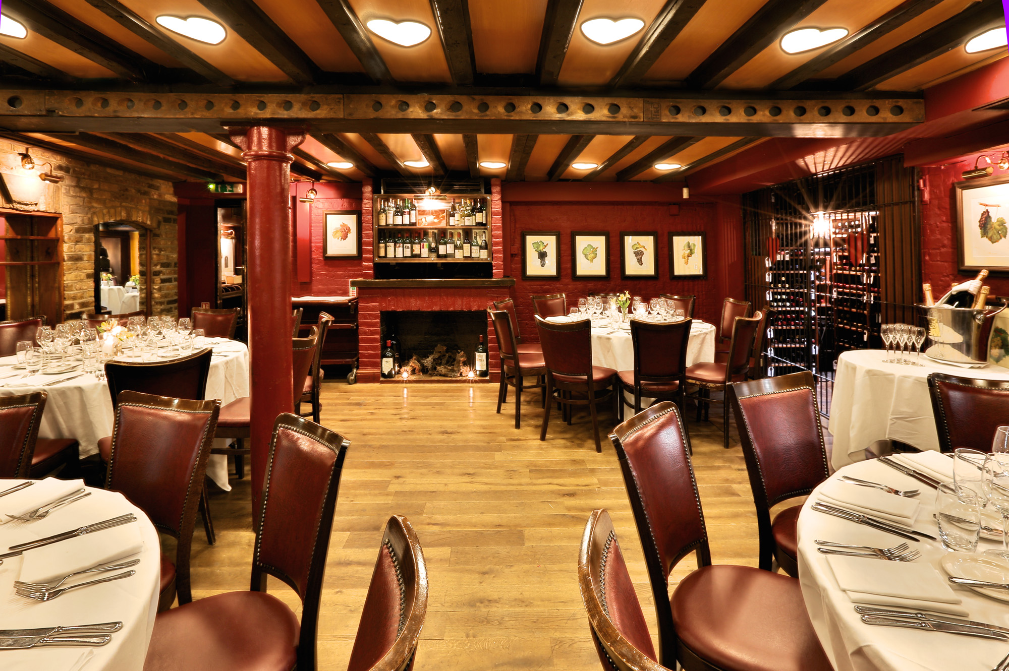 French restaurant in central london bleeding heart for Best private dining rooms central london