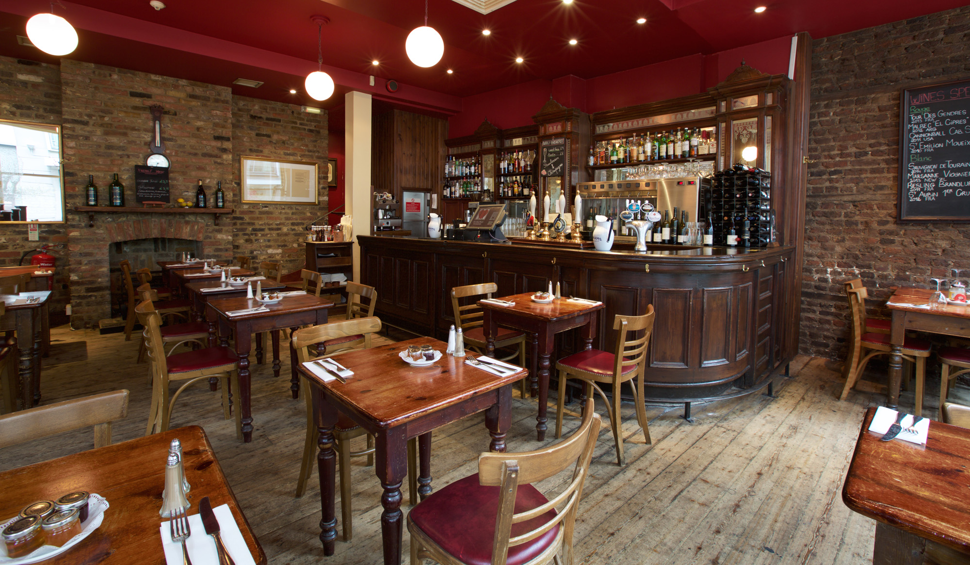 Bleeding heart tavern in central london bleeding heart for Best private dining rooms central london